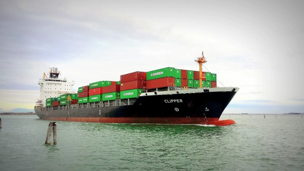 containers-cargo-2